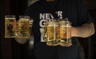 Illustration de verres de bière.