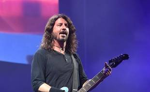 Foo Fighters sur scène au festival Glastonbury 2017.