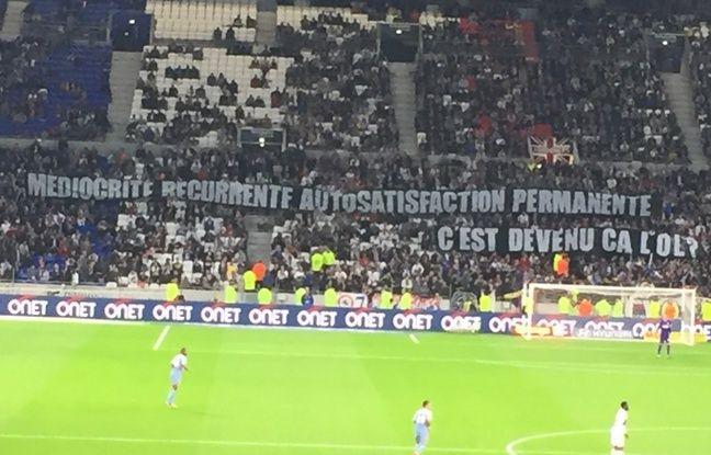 OL-Monaco: «300 LED: pas une lumière pour éclairer le jeu»... Les supporters lyonnais se sont lâchés