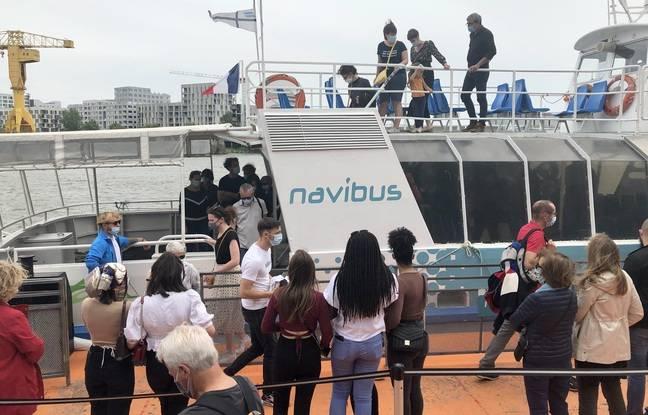 La foule pour prendre le Navibus vers Trentemoult, le dimanche 9 mai 2021