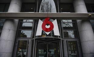 M6 a porté plainte pour «acte de vandalisme» contre des cheminots venus manifester devant son siège à Neuilly-sur-Seine mécontents d'un reportage de l'émission «Capital».