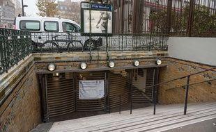 La station Porte de Versailles fermée lors de la grève contre la réforme des retraites, le 5 décembre 2019.