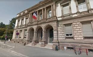 Alsace: Il faisait du chantage à des adolescentes pour des rapports sexuels (Illustration tribunal de grande instance de Mulhouse)