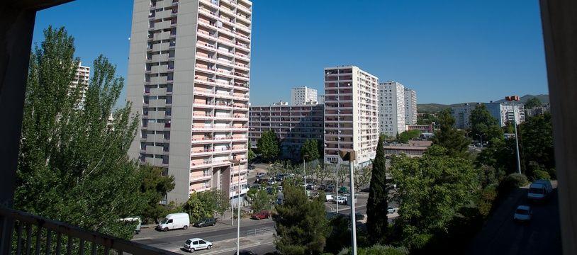 Marseille le 17 mai 2011 - La citŽé de la Busserine et la citŽé des flamants en fond dans les quartiers nord de Marseille