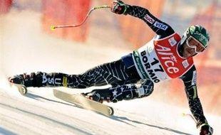 L'Américain Bode Miller a remporté jeudi la Coupe du monde messieurs 2007/2008 de ski alpin à l'issue du super-G des finales disputé jeudi à Bormio.