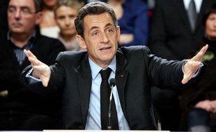 Nicolas Sarkozy lors d'une table ronde sur la médecine de proximité à Orbec, dans le Calvados, le 1er décembre 2010.