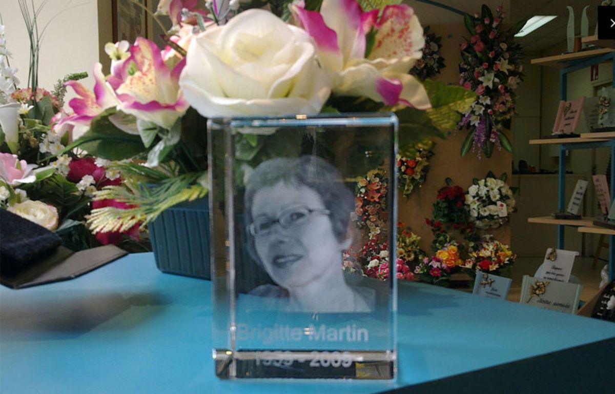 Hélène Crié-Wiesner s'est vu en photo dans une vitrine de pompes funèbres. – Hélène Crié-Wiesner