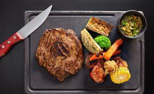 Délicieuse pièce de viande à déguster au Beef Steak House Restaurant