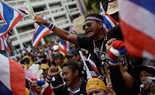 Les manifestants qui réclament par milliers la chute du gouvernement en Thaïlande, allant jusqu'à occuper des ministères, ont étendu mercredi leur mouvement à d'autres villes de Thaïlande, rejoignant un mouvement sans précédent depuis la crise politique meurtrière de 2010.