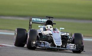 Lewis Hamilton aux qualifications du Grand Prix d'Abou Dhabi le 26 novembre 2016.