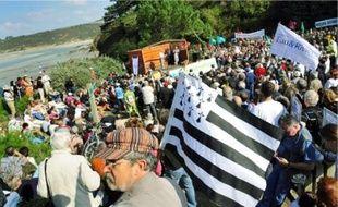 Près de 3 000 personnes ont déferlé hier en baie de Saint-Brieuc (Côtes-d'Armor).