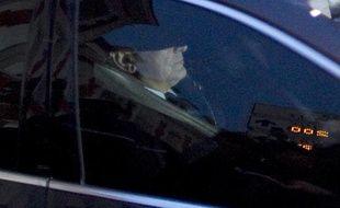 L'ancien directeur du FMI, Dominique Strauss-Kahn, à la sortie de sa garde à vue, le 22 février 2012, à Lille.
