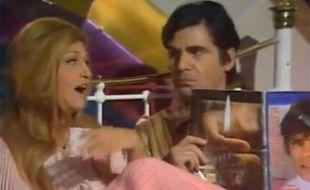 Dalida chante «Paroles, paroles» chanson écrite par Gianni Ferrio.
