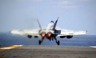 Un avion américain F/A-18E Super Hornet, illustration