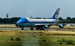 Air Force One, à son arrivée à l'aéroport de Bordeaux-Mérignac, le 24 août 2019.