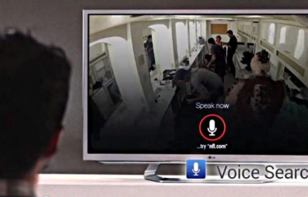 La nouvelle version de Google TV, présentée le 14 novembre, met l'accent sur la recherche vocale. – DR