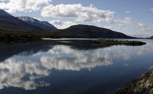 La baie Lapataia dans le Parc national de la Terre de Feu, près d'Ushuaïa, en Argentine, le 31 mars 2007.