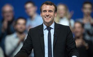 Ex-outsider, Emmanuel Macron totalise 17% d'intentions de vote.