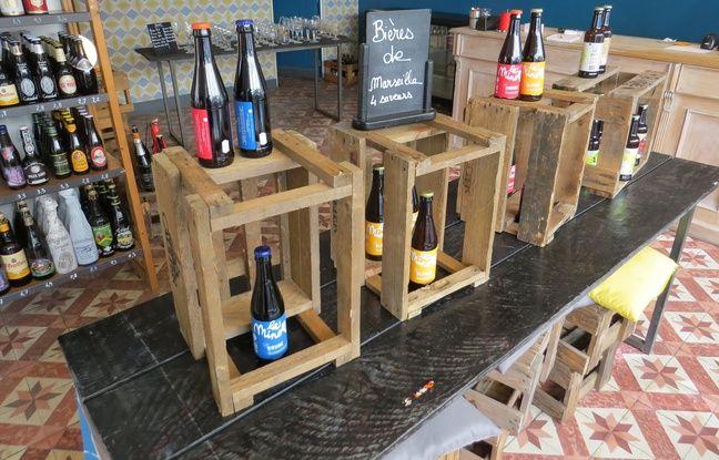 Les bières artisanales marseillaises ont une place de choix à la cave à bière Fietje (6e), ici La Minotte et La Parfaite.