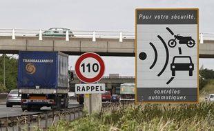 Des radars fixes ont été dégradés à coups de hache dans le Gers.