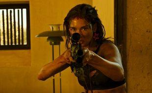 L'actrice italienne Matilda Lutz dans le film français «Revenge» de Coralie Fargeat.