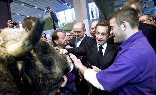 Nicolas Sarkozy au salon de l'agriculture, le 06 mars 2010.