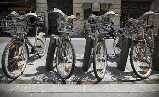 Deux jeunes hommes ont volé des vélib pour rentrer chez eux dans la nuit de samedi à dimanche.