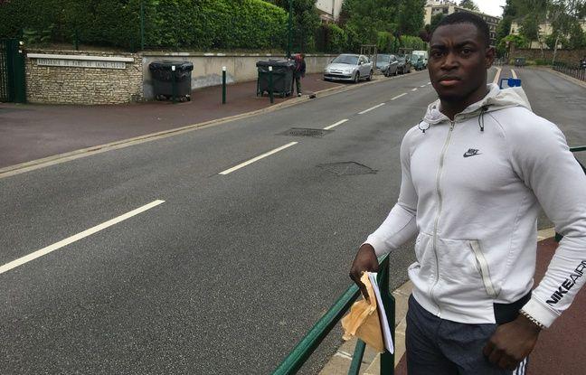 Ville-d'Avray, le 1er juin 2018. Mohamed Diakité assure avoir été roué de coups par des policiers.