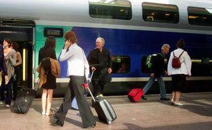 Illustration d'un TGV de la SNCF en gare de Lyon Part-Dieu.