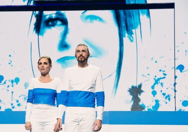 L'actrice Claire Keim et le chanteur Christophe Willem sur « Tu es mon autre » de Maurane.