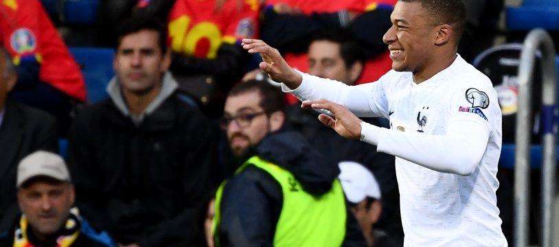 Kylian Mbappé ouvre le score pour l'équipe de France face à Andorre, en éliminatoire de l'Euro, le 11 juin 2019.