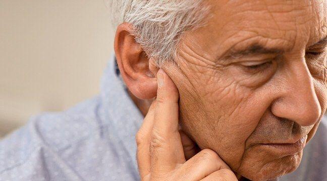Âge et perte d'audition : Pourquoi il est primordial de réagir dès les premiers symptômes