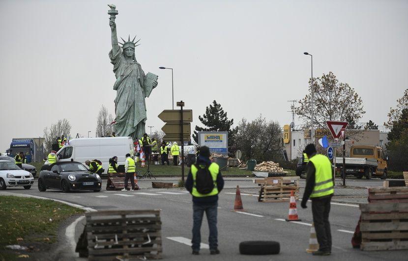 VIDEO. Alsace: Incendies en série de campements de «gilets jaunes», deux plaintes déposées