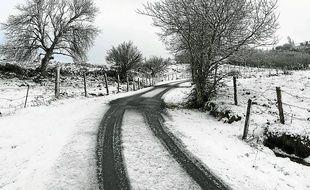Nasbinals (Lozère) sous la neige (Illustration).