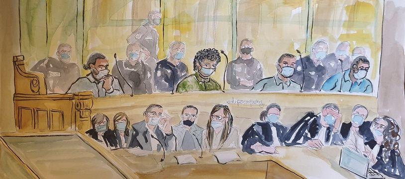 Mohamed Bakkali (4e à droite) dans le box des accusés