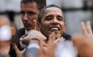 Malgré la persistance d'un chômage élevé et des perspectives économiques incertaines, Barack Obama peut encore espérer décrocher un second mandat de président des Etats-Unis dans un an, même s'il devra jouer très serré.