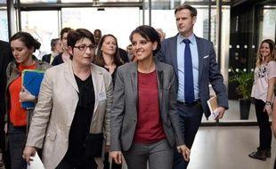 La ministre de l'Education Najat Vallaud-Belkacem en visite le 9 avril 2015 dans un lycée de Nantes