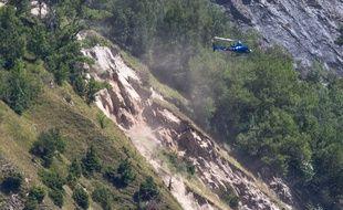 Le tunnel du Chambon, qui relie Grenoble à Briançon, est fermé depuis avril 2015, en raison du glissement de terrain de la montagne.