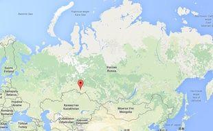 Carte situant la ville d'Omsk, en Sibérie (Russie).
