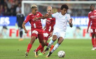 Luiz Gustavo et l'OM ont éliminé Ostende au tour précédent.