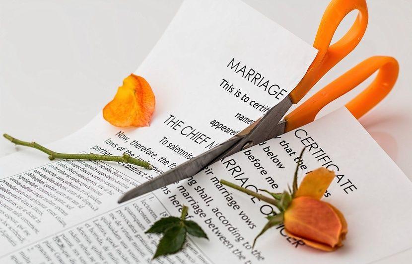 Etats-Unis : Un homme demande l'autorisation au tribunal d'affronter son ex-femme en duel au sabre