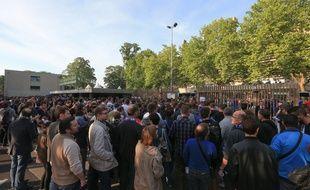 Football: Les billets pour le dernier match du Racing à domicile s'arrachent, les prix s'envolent, le club met en garde (Illustration)