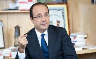 François Hollande, dans son bureau de l'Assemblée nationale, le 12 octobre 2011.