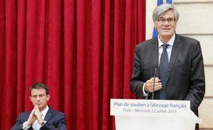 Le ministre de l'Agriculture Stéphane Le Foll annonce un plan d'aide aux éleveurs, à l'Elysée à Paris le 22 juillet 2015