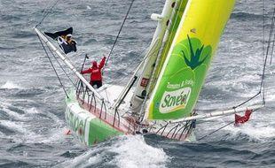 La navigatrice Samantha Davies lors du Vendée Globe le 10 novembre 2012.