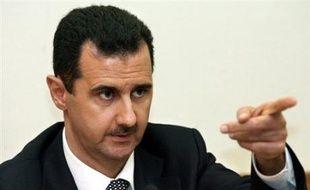 L'éventuelle venue du président syrien Bachar al-Assad, dénoncé notamment par les Etats-Unis et Israël comme soutenant le terrorisme, suscite déjà la polémique dans les rangs de l'opposition en France et de la majorité au Liban.
