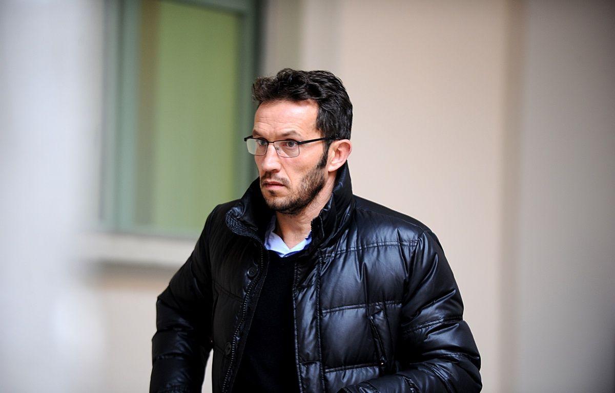 Chambéry, le 11 janvier 2016. Ghislain Anselmini à son arrivée à la cour d'Assises de Savoie.  – Jean-Pierre Clatot / AFP