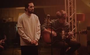 Lomepal et Ambroise Willaume dans le documentaire «Trois jours à Motorbass».
