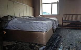 Un incendie samedi 25 août 2018 dans un hôtel du nord-est de la Chine a fait au moins 18 morts et 19 blessés.
