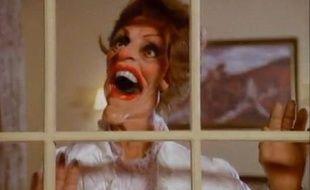 """Margaret Thatcher dans le clip """"Land of confusion"""" de Genesis."""